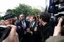 Emmanuel Macron, protégé à son arrivée à Montreuil, le 6 juin.