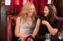 Toni Collette et Drew Barrymore dans le film américain de Catherine Hardwicke, « Ma meilleure amie » (« Miss You Already »).