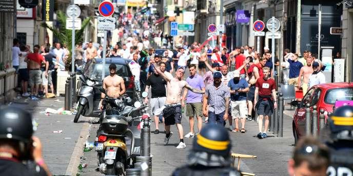 Affrontements à Marseille, le 11 juin 2016.