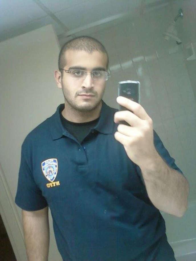 Une photo non datée et diffusée sur les réseaux sociaux d'Omar Mateen, identifié comme le tueur d'Orlando, en Floride le 12 juin.