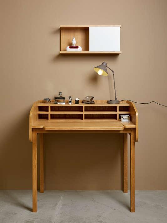 Bureau Henio, plaqué chêne et piètement chêne massif, Habitat Design Studio.