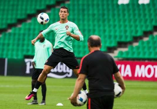 Cristiano Ronaldo, le 13 juin au stade de Saint-Etienne.