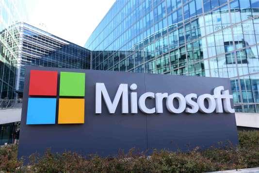 Pour Caroline Bloch, DRH chez Microsoft France, « Les salariés doivent être capables de travailler beaucoup plus collectivement» (Photo: le siège de Microsoft à Issy-les-Moulineaux en avril).