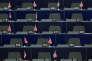 Des drapeaux du Royaume Uni aux places des députés du groupe«Europe de la liberté et de la démocratie directe» au parlement euroéen à Bruxelles le 8 juin 2016.