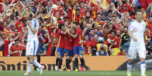 La joie des joueurs espagnols après leur victoire face à la République tchèque.