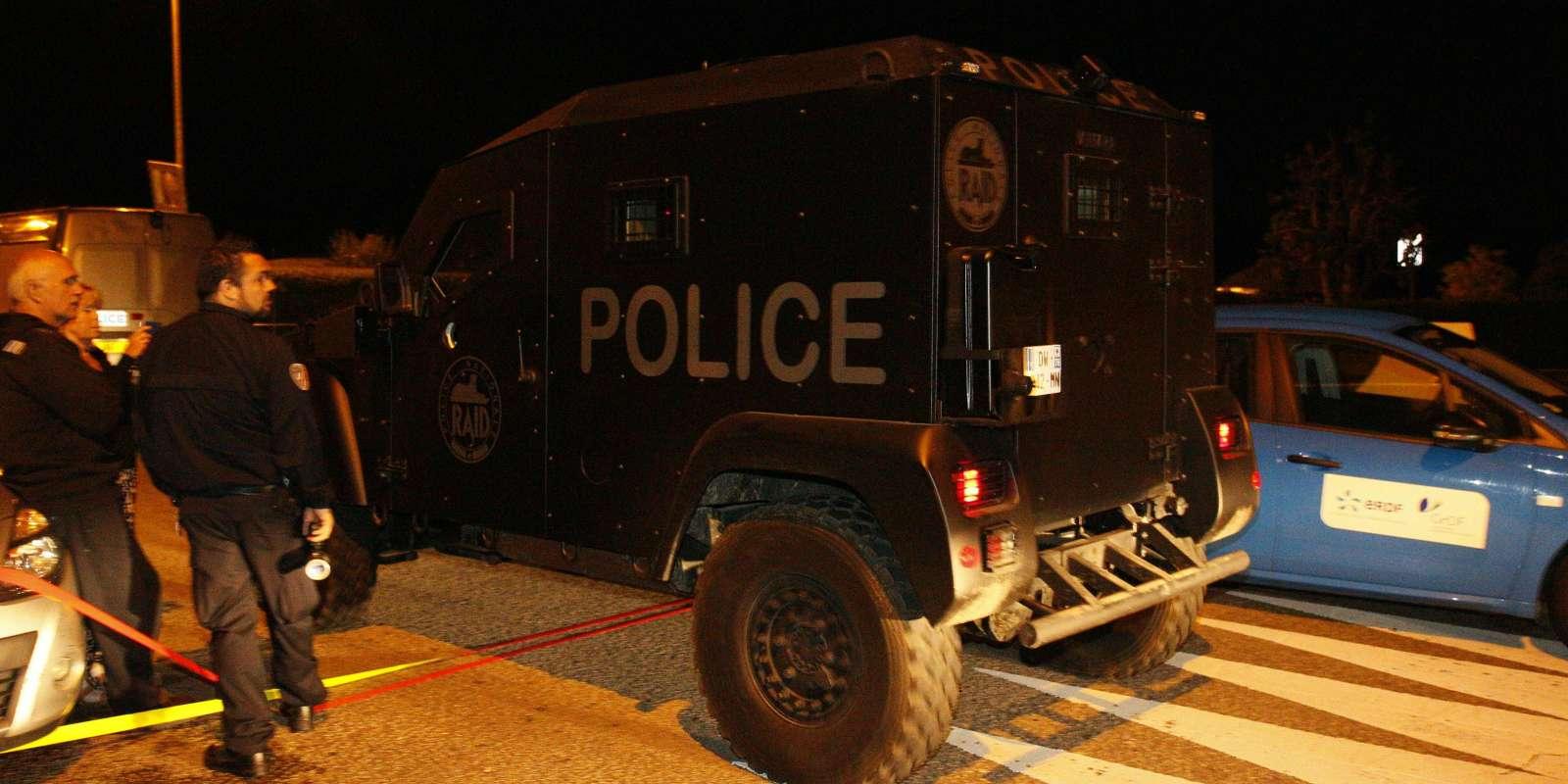 Les policiers du RAID, à Magnaville, le 14 juin.