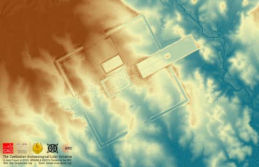 Vue aérienne au Lidar du grand sanctuaire Preah Khan de la ville Kompong Svay cernée par un rempart carré de 5 km de côté, le plus grand de l'empire khmer.