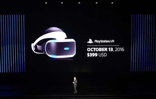 Shawn Layden, PDG de Sony Interactive Entertainment, lors de la présentation du PlayStation VR à l'E3 2016.