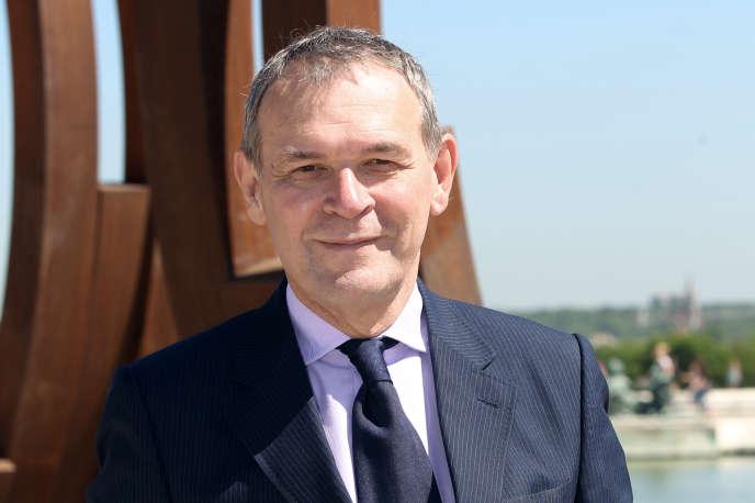 «La loi de 2003 a comme principale qualité d'être simple, compréhensible, libérale – au sens philosophique du terme – et donc facilement praticable» (Jean-Jacques Aillagon en juin 2011, au Château de Versailles, dont il était alors le président).