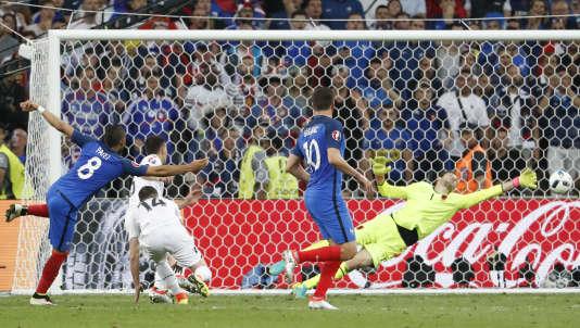 Dimitri Payet a inscrit le deuxième but contre l'Albanie, à Marseille, le 15 juin.