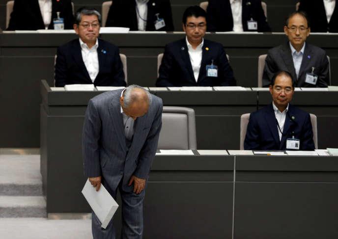 Yoichi Masuzoe après sa démission, à Tokyo, le 15 juin 2016.