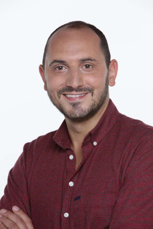 Autre nouveau visage de la chaîne : Karim Rissouli qui va animer le dimanche, avec Bruce Toussaint, un nouveau rendez-vous politique.
