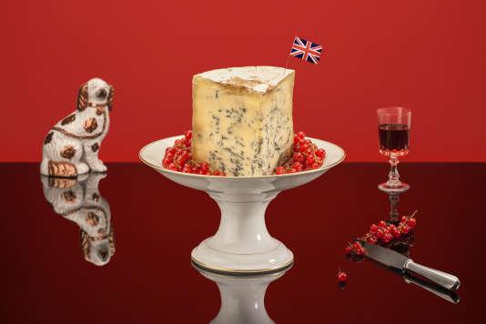 Le stilton, pâte crémeuse non pressée, est un fromage de renommée internationale, qui bénéficie d'une appellation d'origine protégée (AOP).