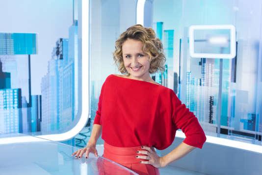 Après le départ d'Yves Calvi sur LCI, Caroline Roux animera à la rentrée, du lundi au jeudi, « C dans l'air».
