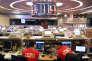 Des traders à la Bourse de Hongkong, en février.