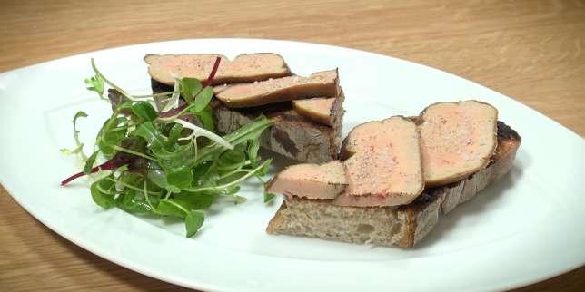 astuce de chef comment cuisiner du foie gras sans le d nerver avant. Black Bedroom Furniture Sets. Home Design Ideas