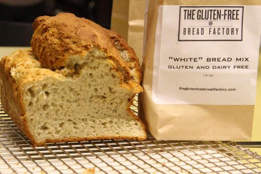 «Je fais mon propre pain. Ma compagne me dit que c'est bon. Elle est gentille, car il faut dire que ce pain est insipide si on ne le fait pas chauffer au grille-pain», avoue Gilbert.