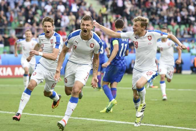 Les Tchèques ont renversé une situation difficile pour obtenir un nul face à la Croatie (2-2).