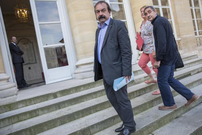 Le secrétaire général de la CGT Philippe Martinez, arrive au ministère du Travail à Paris vendredi 17 juin.