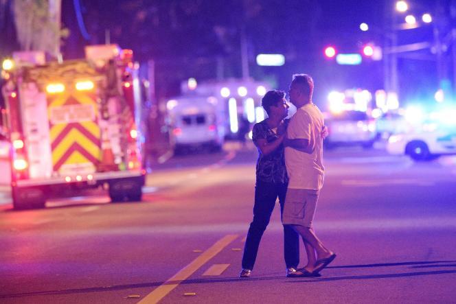 A Orlando (Floride), les secours s'organisent pendant l'attaque contre le Pulse, le 12juin.