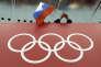 Un supporteur brandit le drapeau russe lors des derniers Jeux olympiques d'hiver de Sotchi, le 18 février2014.