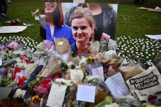 Le groupe s'était réjoui publiquement de l'assassinat de Jo Cox, le 16 juin 2016, une semaine avant le référendum sur le Brexit.