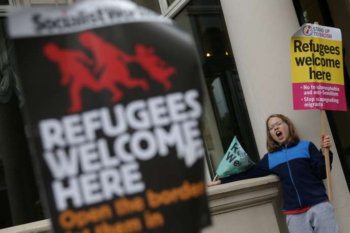 «Un rapport de l'ONG américaine Tent paru en mai (« Refugees Work : A Humanitarian Investment that Yields Economic Dividends ») montre qu'un euro investi dans l'accueil des réfugiés peut en rapporter deux dans les cinq ans. »