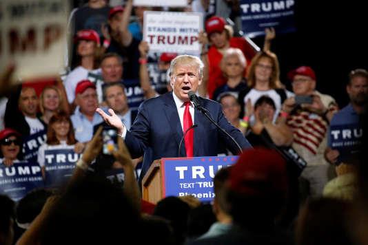 « Quand je serai élu, je suspendrai l'immigration en provenance de régions du monde ayant un passé avéré de terrorisme contre les Etats-Unis», avait déclaré M.Trump à la suite de la tuerie de San Bernardino.