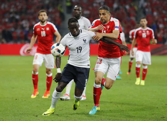 Bacary Sagna lors du match Suisse-France (0-0) dimanche soir.