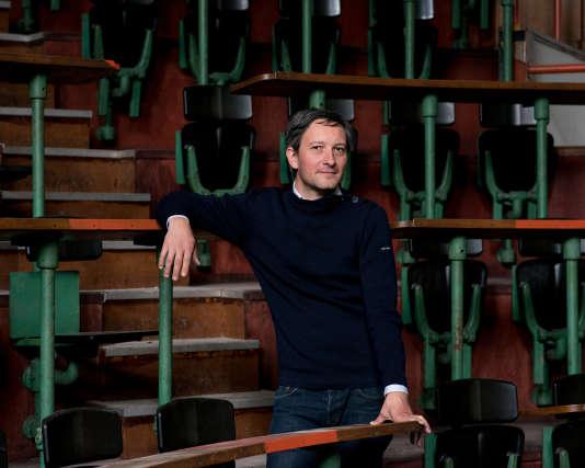 Cédric Carles, ingénieur designer et fondateur du SolarSoundSystem, à Paris dans son atelier avenue Denfert-Rochereau.