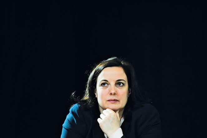 Paris, le 25 avril 2016, à l'université Paris-Descartes, Emmanuelle Cosse participe au lancement du mouvementHé oh la gauche! qui défend le quinquennat de François Hollande en vue de l'élection présidentielle de 2017.