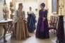 Chloë Sevigny et Kate Beckinsale dans le film irlandais, français et néerlandais de Whit Stillman, « Love & Friendship ».