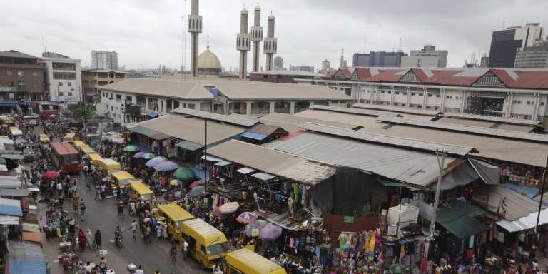 Un marché à Lagos, Nigeria, le 20 juin.