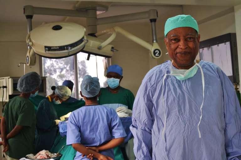Le chirurgien éthiopien Mitiku Belachew à Addis-Abeba en juin 2016.