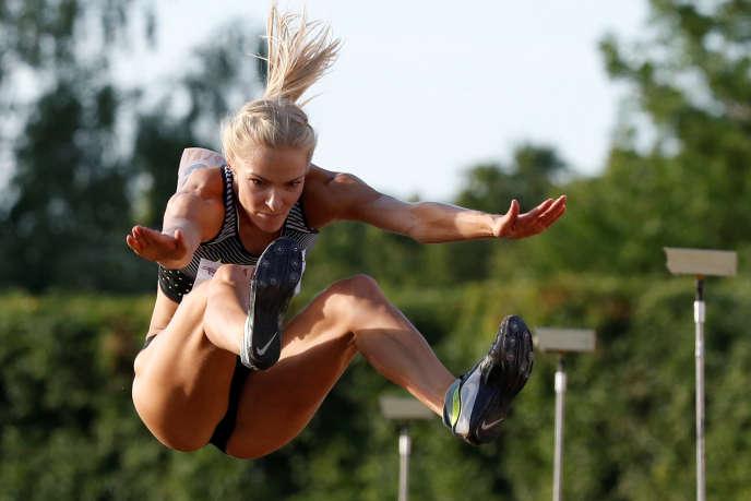 La sauteuse en longueur Darya Klishina, à Tcheboksary (Russie), le 21juin. Elle sera la seule représentante de l'athlétisme russe à Rio.