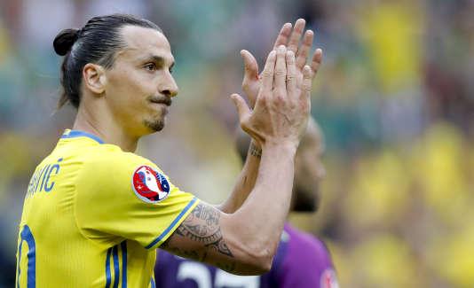 Zlatan Ibrahimovic lorsdu match Irlande-Suède (1-1), le 12 juin, au Stade de France.
