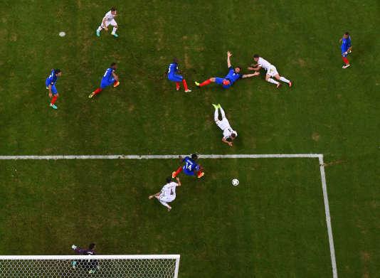 Lors du match France-Albanie, le 15 juin, au Stade-Vélodrome, à Marseille.