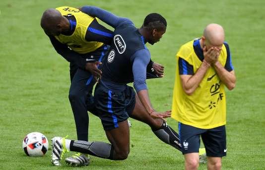 Paul Pogba, Eliaquim Mangala et Christophe Jallet, le 21 juin à Clairefontaine.