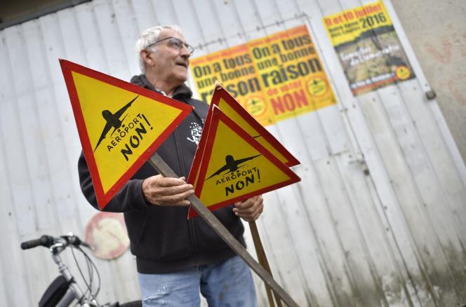 Les sondages autour de l'aéroport, qui fera l'objet d'un référendum local en Loire-Atlantique, sont très souvent faits au niveau de la région, voire du pays entier.