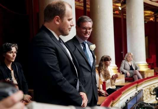 Julian King (à droite), à l'Assemblée nationale française, le 21 juin 2016.