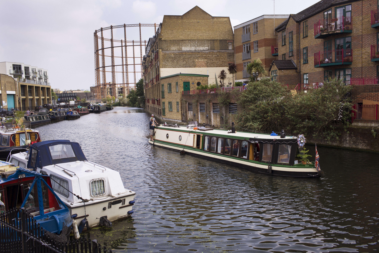 A quelques pas de Broadway Market, le RegentCanal traverse Londres d'ouest en est.