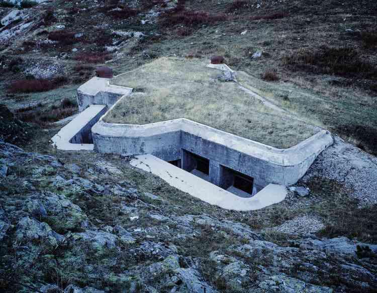L'ouvrage du lavoir à Modane (Savoie). Le bloc 5 était relié aux autres blocs par un système de galeries creusées dans la roche.