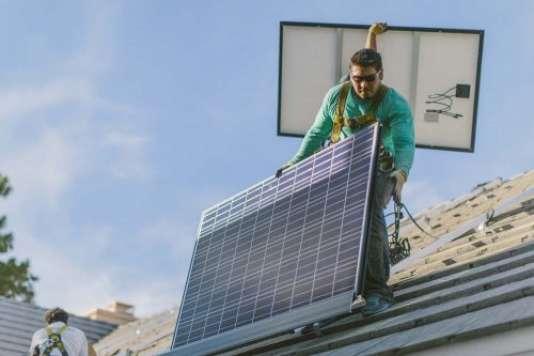 Dirigée par le cousin d'Elon Musk, SolarCity ne va pas bien. Son modèle économique prend l'eau, avec la baisse des subventions à l'installation de panneaux