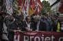 Le secrétaire général de la CGT, Philippe Martinez, et le secrétaire général de Force ouvrière, Jean-Claude Mailly, participent côte à côte, le 26 mai 2016 à Paris, à une manifestation contre la loi Travail.
