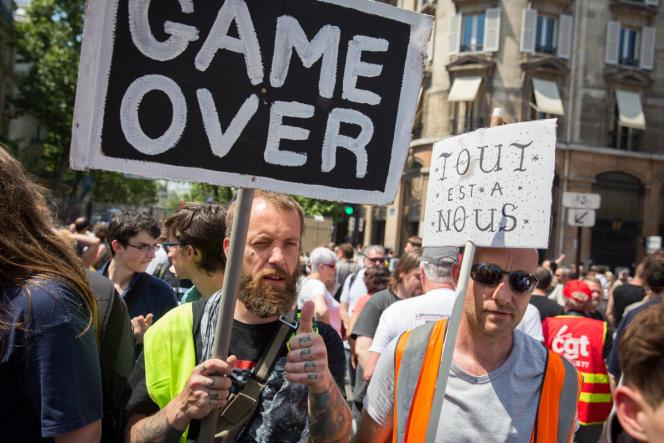 Manifestation contre la loi travail à Paris, le 23 juin 2016.