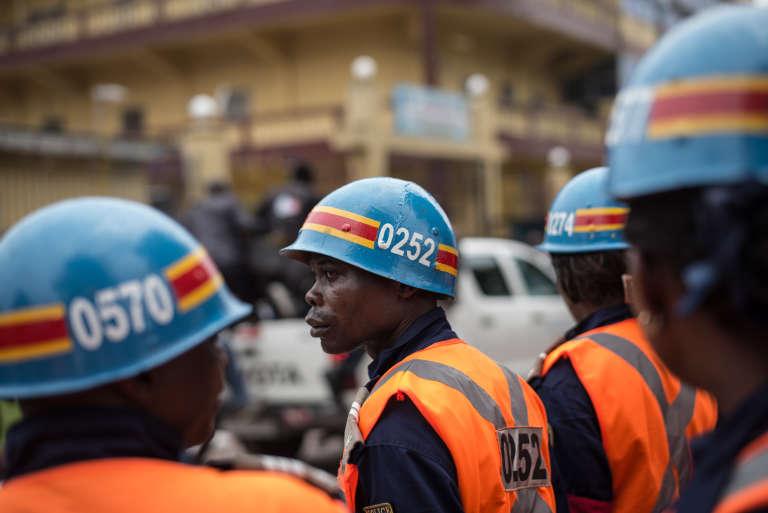 Des policiers à Kinshasa, en mars2015.