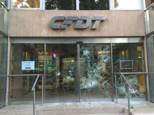 Le siège de la CFDT vandalisé, jeudi 23 juin.