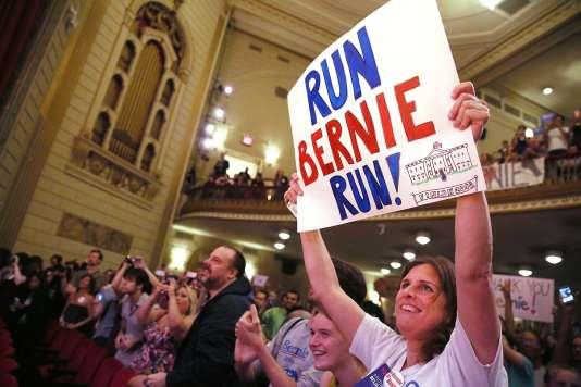 Des sympathisants de Bernie Sanders, lors d'un événement auquel le sénateur du Vermont participait, le 23 juin à New York.