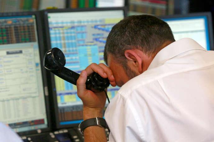 Le Footsie 100 plongeait de plus de 7 % vendredi en début de séance, près de la moitié de ses valeurs ne pouvait même pas être cotées en début de séance face aux flux vendeurs.