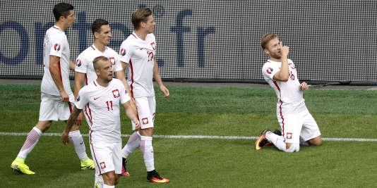 La Pologne s'est qualifiée pour les quarts de finale samedi à Saint-Etienne.